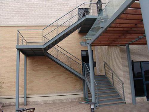 钢梯2.jpg